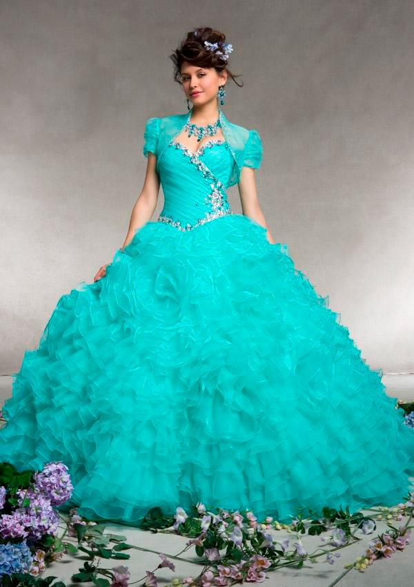 cce4a6afc Cómo Elegir el Color de tu Vestido de Quince Años - Fiestas Premium